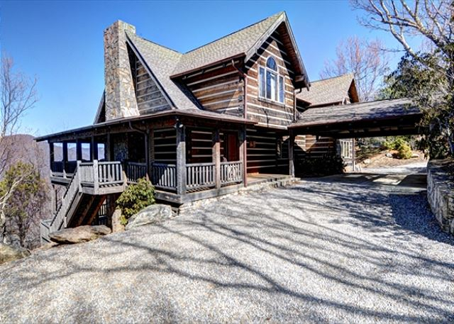 Maple Leaf Lodge in Gated Smoky Mountain Retreat Community