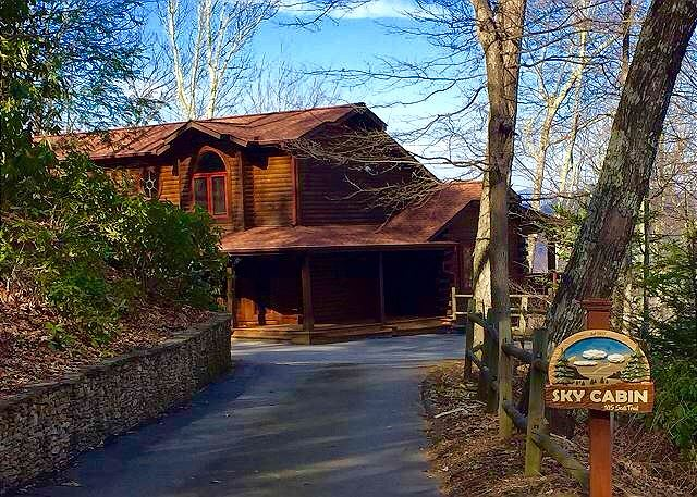 Sky Cabin, HGTV featured in Gated Smoky Mountain Retreat Comm.