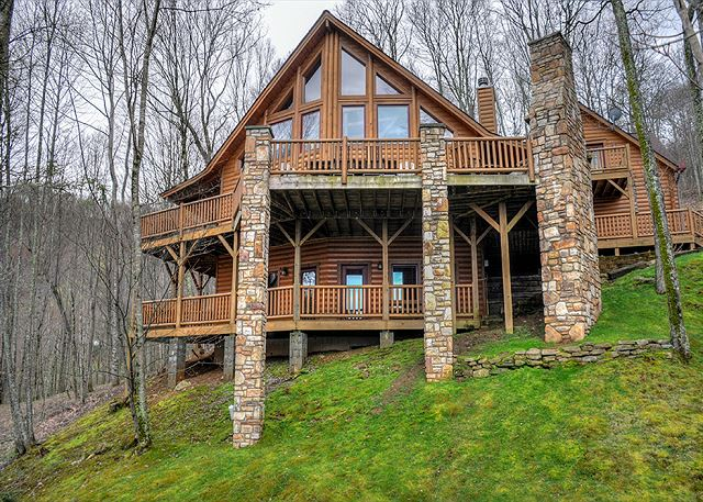 Cypress Creek Lodge in Gated Smoky Mountain Retreat Community