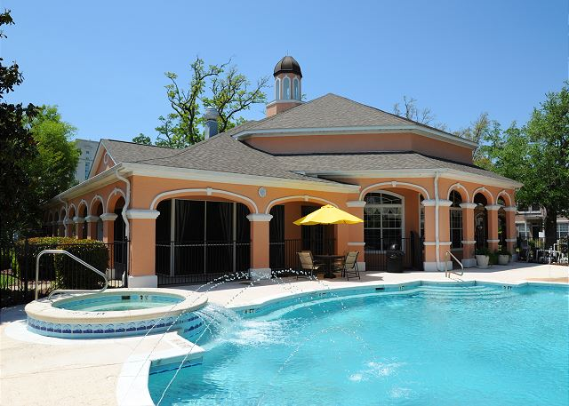 Front Pool & Hot Tub