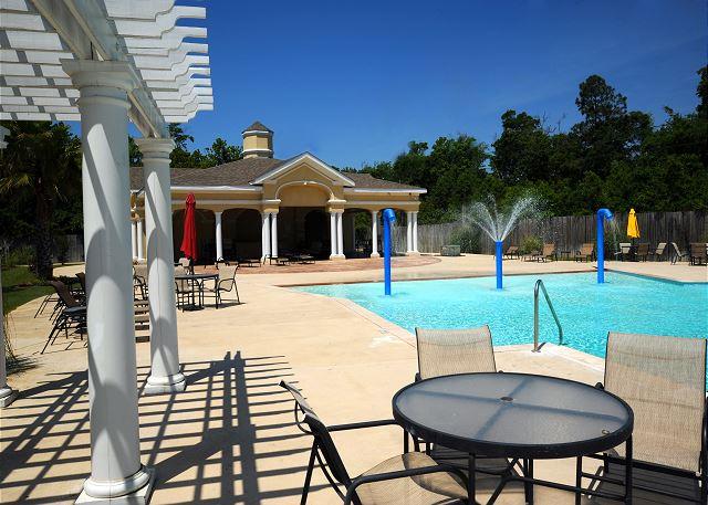 Back Cabana & Pool