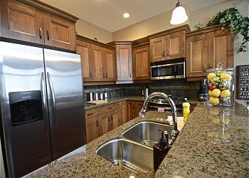 Big White Duplex rental - Interior Photo - KITCHEN