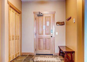 Big White Condominium rental - Interior Photo - Front Door