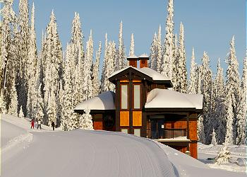Big White House rental - Exterior Photo - Parkers Den in Snow