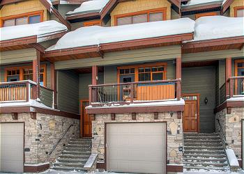 Big White Townhouse rental - Exterior Photo - Garage Blacksmiths 7