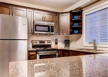 Big White House rental - Interior Photo - Kitchen