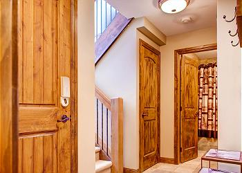 Big White House rental - Interior Photo - Entrance Hall