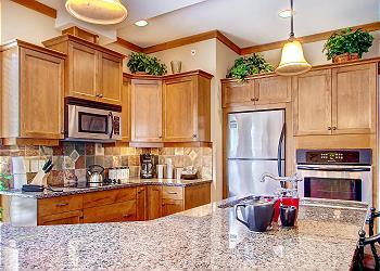 Big White Condominium rental - Interior Photo - Snowbird Lodge 406