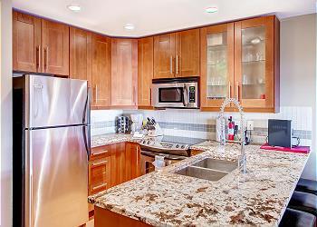 Big White Condominium rental - Interior Photo - Raven 107 Kitchen
