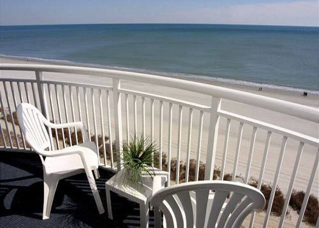 Large Oceanfront balcony