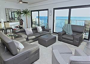 421 Waterview Towers Yacht Club