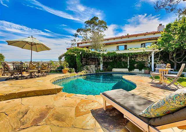 New Panoramic Ocean View Home with Pool