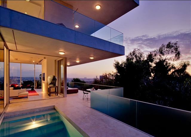 Modern Estate with Panoramic Views