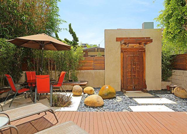 Zen garden view to Vista Place