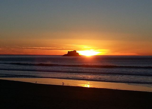 Arch Cape beach and Castle Rock at sunset - stunning!