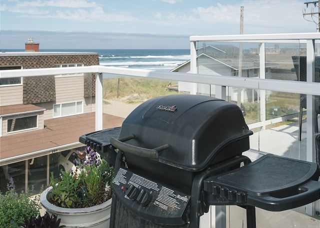 Upper balcony includes a grill for your fresh catch!