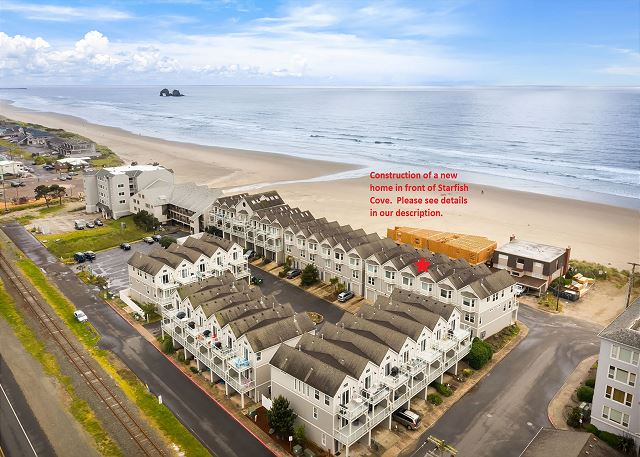 Twin Rocks and southerly ocean view plus excellent beach access