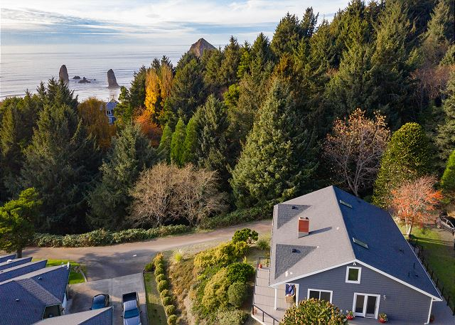 Anchor's Retreat is just south of Haystack Rock and The Needles