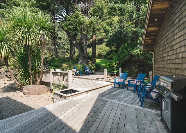 Kick back and relax while you man the grill surrounded by your guests