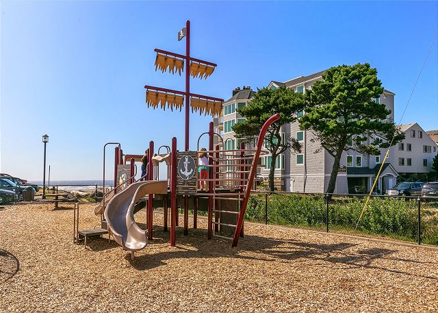 Nearby playground for the little ones