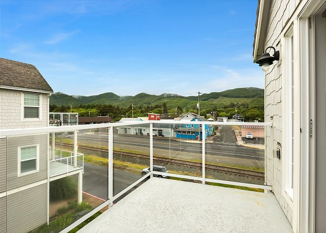 Mountain views from 3rd floor balcony
