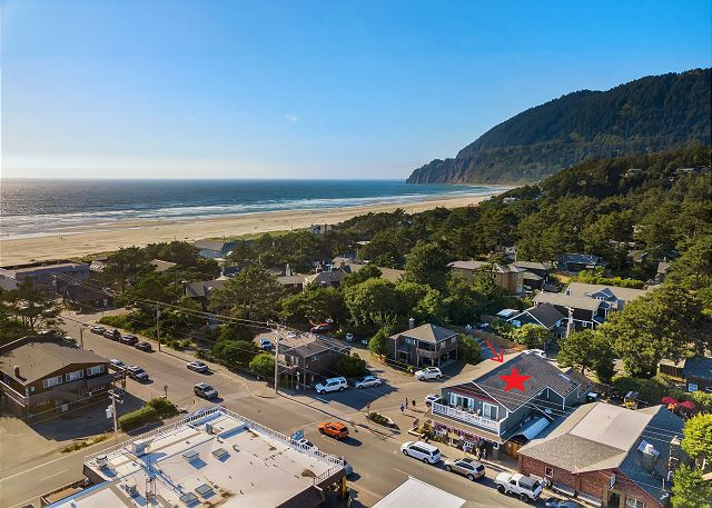 In the heart of Manzanita you will find Carmel by the Sea - a loft suite