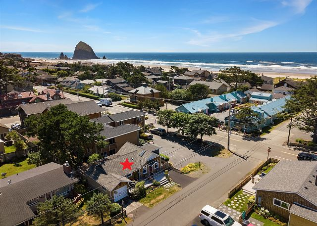 Excellent location just a block to the beach and short walk to Haystack Rock