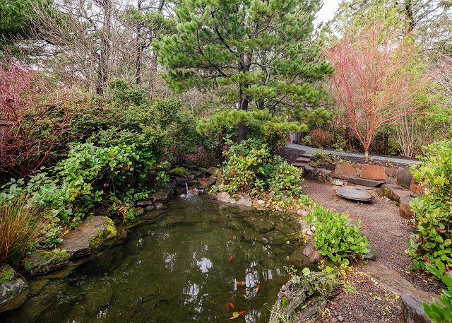 You'll be delighted by the koi pond by day and fireside stargazing at night.