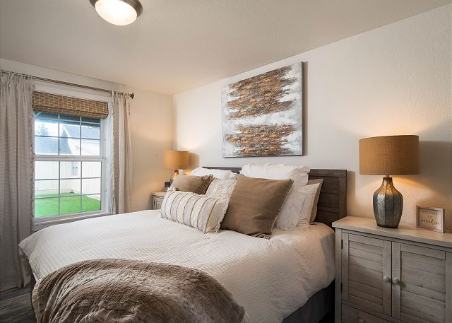 King-size bed in the master suite