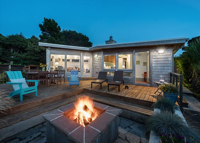 Outdoor living at its best - gather around the wood-burning firepit for s'mores and stargazing!
