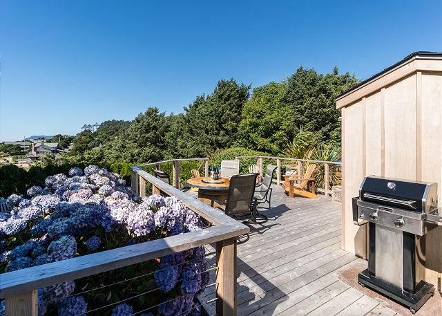 Private and peaceful backyard deck includes a gas BBQ for your fresh catch