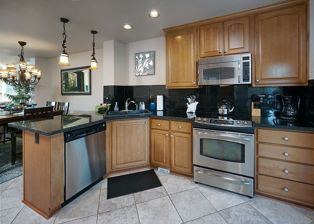Well-equipped kitchen provides plenty of space and all the tools for the chefs in your group