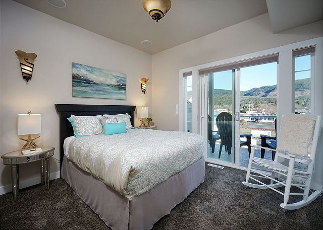 Guest room also includes mountain facing balcony and cable equipped TV