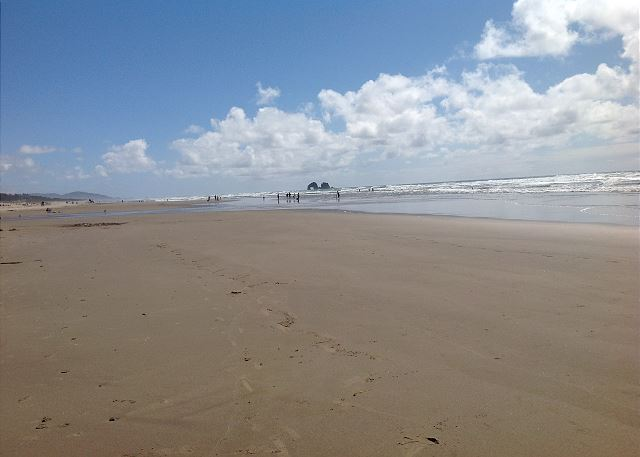Rockaway Beach provides 7 miles of soft sand for building sand castles, flying kites, and searching for seashells.