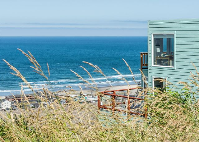 Incredible 180 degree view from the hill above Rockaway Beach!