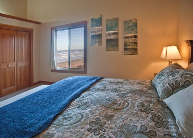 Slumber peacefully in the king bed wrapped in high quality cotton linens.  The room perfectly captures the ocean view!