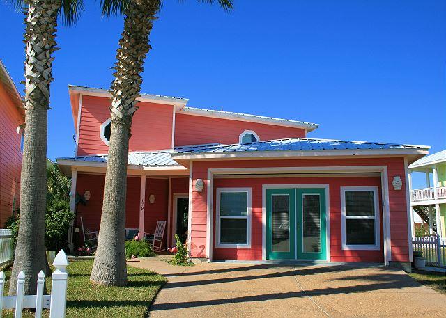 179FD-Flamingo Lounge