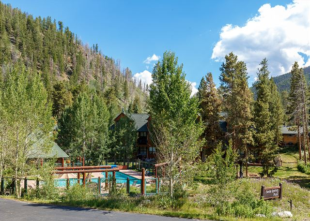 Guests of this home have access to the shared pool and hot tub at Soda Spring.