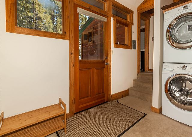 Private Laundry and Entryway