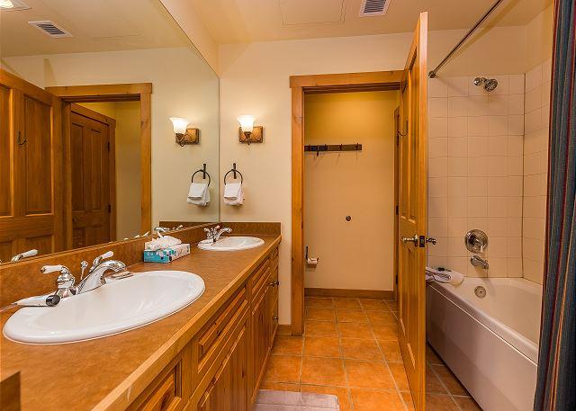 Guest Bathroom En Suite Bathroom