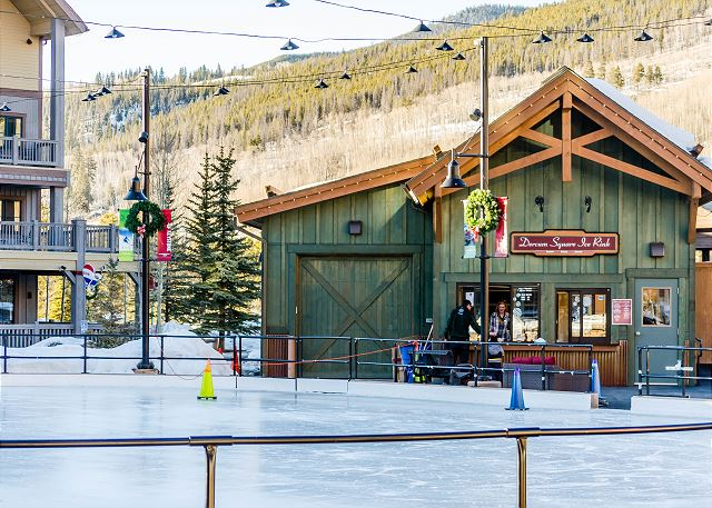 Dercum Square features an ice rink during the winter.