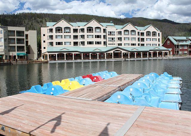 During the summer enjoy paddle-boating across Keystone Lake.