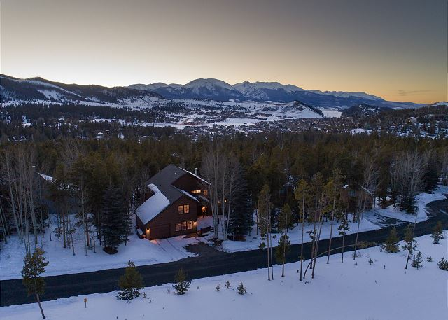 Beautiful stand-alone mountain home in the Keystone Ranch subdivision.