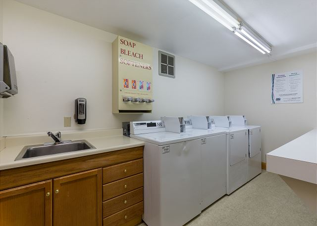 Coin-operated Laundry Facilities at Decatur