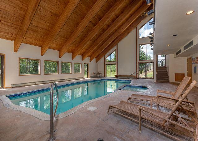 Shared Pool & Hot Tub
