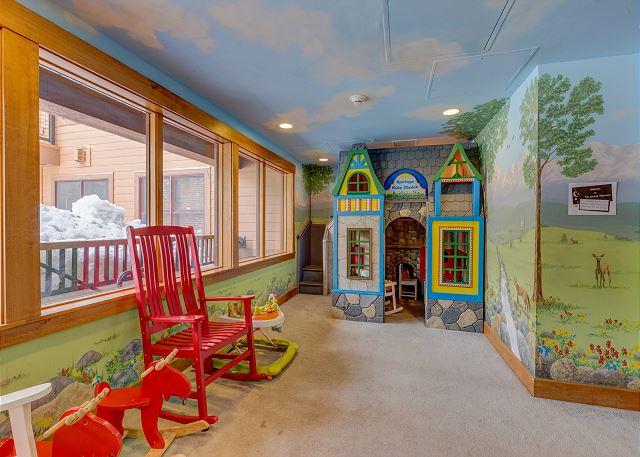Shared Indoor Children's Play Area