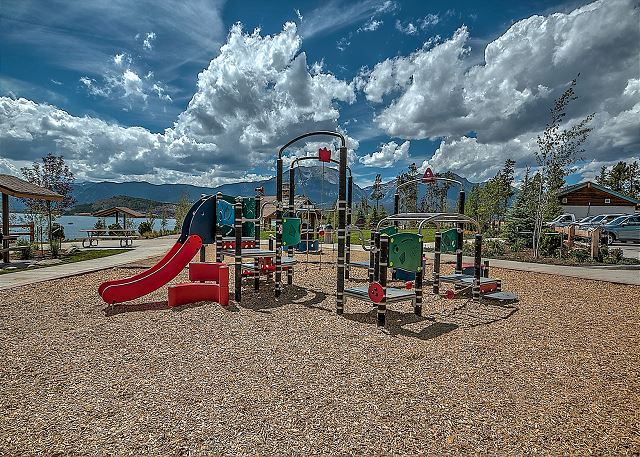 The playground at Dillon Marina Park is just a short walk away.