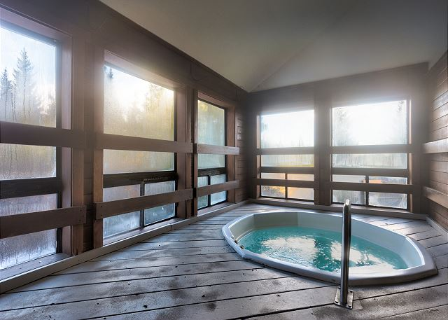 Shared Hot Tubs Across Complex