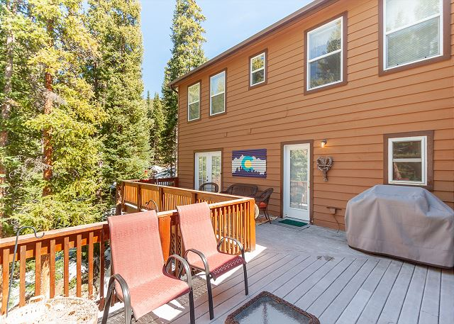 Spacious Private Deck with Beautiful Treed Views