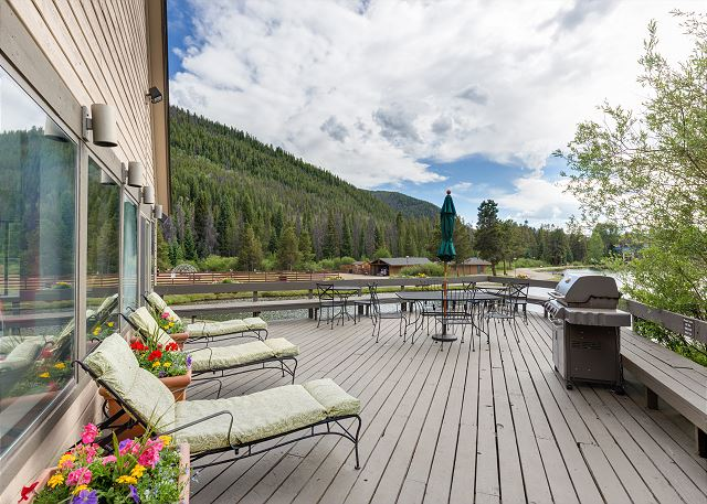 Lakeshore shared deck